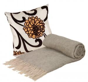 Pillow and Throw Set